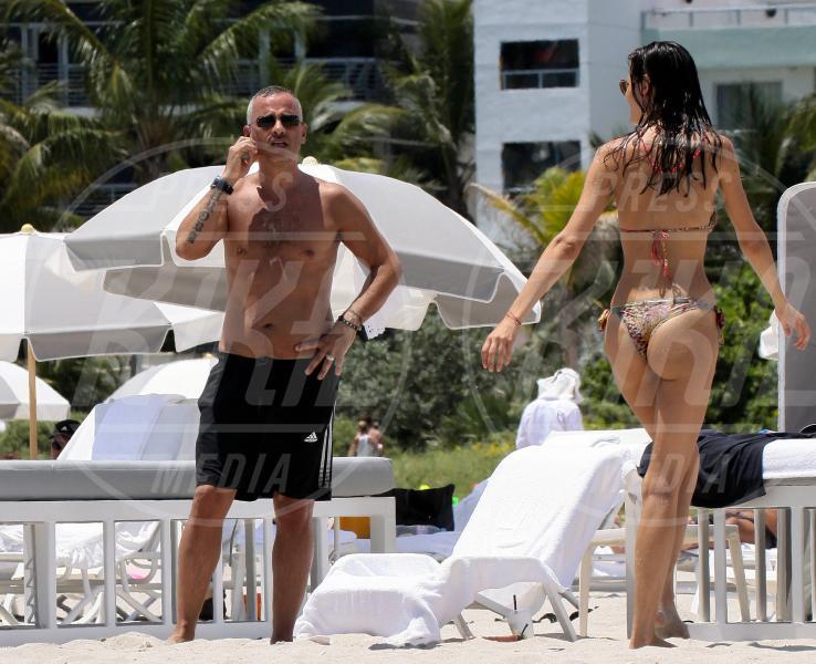 Marica Pellegrinelli, Eros Ramazzotti - Miami - 13-08-2012 - Eros Ramazzotti condivide con i fan le foto delle nozze