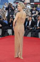 Kate Hudson - Venice - 03-07-2011 - Venezia 75: sotto il vestito poco, anche quest'anno!