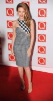 Kylie Minogue - Londra - 22-10-2012 - Fashion revival: dagli anni '60 tornano i quadretti Vichy