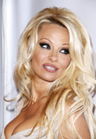 Pamela Anderson - New York - 23-10-2012 - Una villa da playmate? Benvenuti nella dimora di Pamela Anderson
