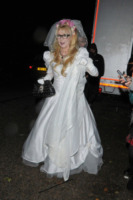 Ospite - Londra - 31-10-2012 - Ad Halloween le star si vestono così