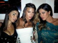 Cecilia Capriotti, Claudia Galanti, Aida Yespica - Sardegna - 19-07-2012 - Le star più cliccate dell'anno: Belen prima, Canalis ultima