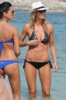 Giorgia Gabriele, Elena Santarelli - Formentera - 11-07-2012 - Le star più cliccate dell'anno: Belen prima, Canalis ultima