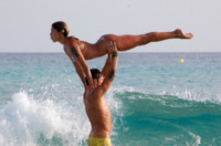 Stefano De Martino, Belen Rodriguez - Formentera - 11-07-2012 - Le star più cliccate dell'anno: Belen prima, Canalis ultima