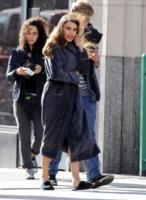 Sofia Vergara - Los Angeles - 15-12-2012 - Celebrity con i piedi per terra: W le pantofole!