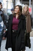 Mariska Hargitay - New York - 18-12-2012 - Mariska Hargitay sul set di Law & Order