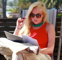 Lindsay Lohan - Venice Beach - 28-05-2011 - Adios tabacco, le star preferiscono il vapore acqueo
