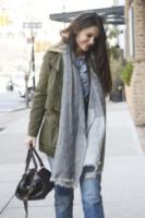Katie Holmes - New York - 29-01-2013 - Con sto freddo con sto vento, chi esce senza sciarpa?
