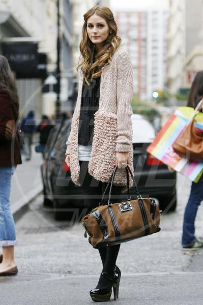 Olivia Palermo - New York - 02-10-2009 - A ogni star il suo bauletto