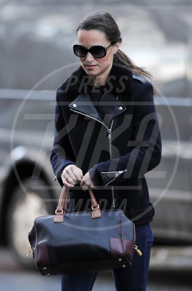Pippa Middleton - Londra - 07-12-2012 - A ogni star il suo bauletto