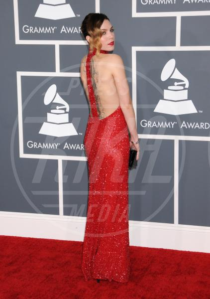 Skylar Grey - Los Angeles - 10-02-2013 - Grammy Awards 2013: il red carpet si fa sexy