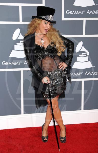 Cindy Valentine - Los Angeles - 10-02-2013 - Grammy Awards 2013: il red carpet si fa sexy