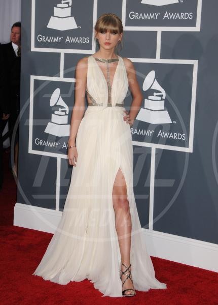 Taylor Swift - Los Angeles - 10-02-2013 - Grammy Awards 2013: il red carpet si fa sexy