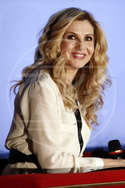Lorella Cuccarini - Sanremo - 13-02-2013 - Cosa hanno in comune Scarlett Johansson e Cristina Parodi?