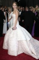 Jennifer Lawrence - Los Angeles - 24-02-2013 - Oscar 2013: Jennifer Lawrence è la migliore attrice protagonista