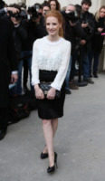 Jessica Chastain - Parigi - 05-04-2013 - Camicia bianca e gonna nera: un look… evergreen!