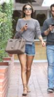 Alessandra Ambrosio - 07-04-2011 - Birkin Bag di Hermes, da 30 anni la borsa delle star