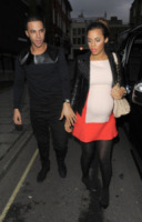 Rochelle Humes - Londra - 10-04-2013 - Kimberley Walsh e Rochelle Humes: chi lo indossa meglio?