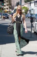 Paris Hilton - Los Angeles - 10-04-2013 - Maxi dress: tutta la comodità dell'estate