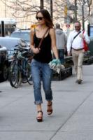 Olivia Wilde - New York - 11-04-2013 - Il jeans: 140 anni e non sentirli. Da James Dean a Rihanna