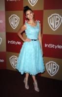 Nina Dobrev - Los Angeles - 12-01-2013 - Vuoi vivere meglio? Vestiti con la cromoterapia!