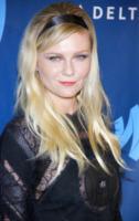 Kirsten Dunst - Los Angeles - 20-04-2013 - Il successo porta dritto dritto al rehab