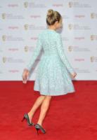 Sienna Miller - Londra - 12-05-2013 - Sienna Miller, un nome, una garanzia… di stile!