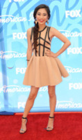 Jessica Sanchez - Los Angeles - 16-05-2013 - L'abito dell'estate? Il corolla dress, sexy e bon ton!