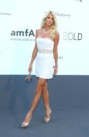 Victoria Silvstedt - Cannes - 23-05-2013 - Festival di Cannes: il red carpet è una scacchiera