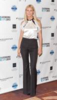 Gwyneth Paltrow - Las Vegas - 18-06-2013 - Anelli di fidanzamento delle star: qual è il vostro preferito?