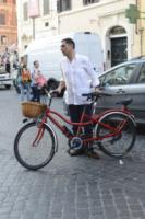 Tiberio Timperi - Roma - 19-06-2013 - Tiberio Timperi in bici insieme al figlio Daniele
