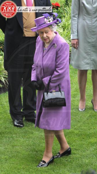 Regina Elisabetta II - Ascot - 20-06-2013 - Elisabetta II, viola che vince non si cambia!