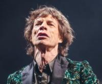 Rolling Stones, Mick Jagger - Glastonbury - 29-06-2013 - Mick Jagger, se questo è un nonno (per cinque volte)