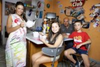 Naomi Rullo, Samuel Rullo, Giuseppe Rullo, Monica Pignataro - Casoria - 03-07-2013 - Monica Pignataro, 35 anni, è Miss Mamma 2013