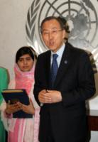 Malala Yousafzai, Ban-Ki-Moon - New York - 12-07-2013 - Malala Yousafzai raccoglie la standing ovation dell'Onu