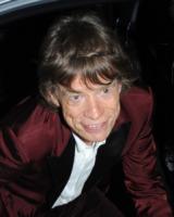 Mick Jagger - Londra - 13-07-2013 - Mick Jagger, se questo è un nonno (per cinque volte)