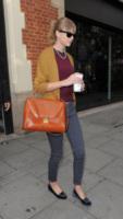 Taylor Swift - Londra - 04-10-2012 - Lindsay Lohan e le altre celebrity dai passi… felini!