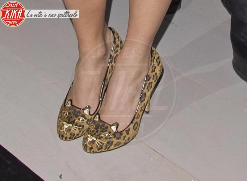 Pixie Lott - Londra - 17-02-2012 - Lindsay Lohan e le altre celebrity dai passi… felini!