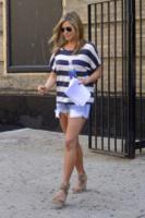 Jennifer Aniston - New York - 29-07-2013 - In primavera ed estate, vesti(v)amo alla marinara
