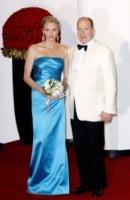 Principe Alberto di Monaco, Principessa Charlene Wittstock - Monaco - 02-08-2013 - Letizia, Rania, Mathilde, Charlene, Maxima: regine di stile