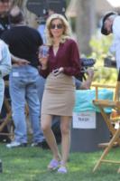 Elizabeth Banks - Los Angeles - 22-08-2013 - Celebrity con i piedi per terra: W le pantofole!