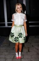 Mollie King - Londra - 16-02-2013 - Il ritorno del calzino: chic or choc?