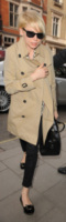 Michelle Williams - Londra - 28-02-2013 - Questo autunno copriamoci, ma sveliamo le caviglie