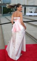 Sarah Jessica Parker - New York - 20-10-2013 - Vade retro abito!: Sarah Jessica Parker in Gurung e Theyskens