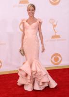 Julie Bowen - Los Angeles - 22-09-2013 - Emmy Awards 2013: 50 (o quasi) sfumature di rosa