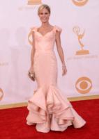Julie Bowen - Los Angeles - 22-09-2013 - Emmy Awards 2013: le star che hanno azzeccato l'abito