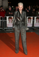 Tilda Swinton - Londra - 20-03-2013 - Quando le dive rubano dall'armadio di lui