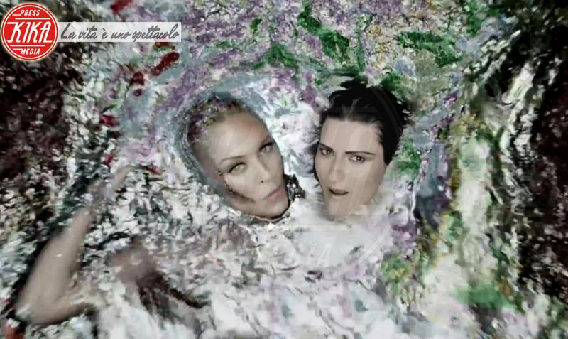 Laura Pausini, Kylie Minogue - 07-10-2013 - Sanremo 2016: Il ritorno di Laura Pausini. Che cambiamento!