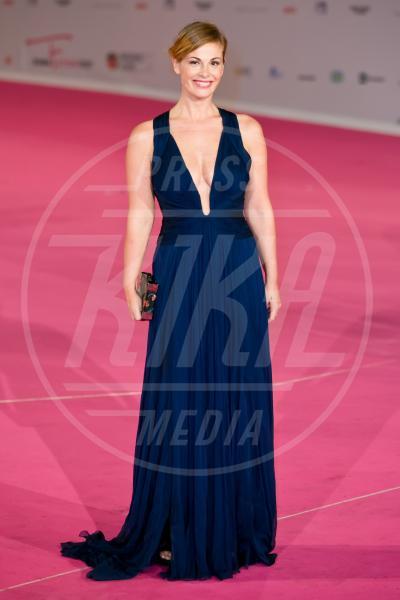 Vanessa Incontrada - Roma - 01-10-2013 - Ecco le celebrity che non fanno un plissé… ma mille!