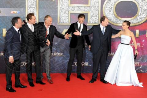 Tom Hiddleston, Chris Hemsworth, Natalie Portman - Berlino - 27-10-2013 - Romanticismo: la chiave per entrare nel cuore delle donne